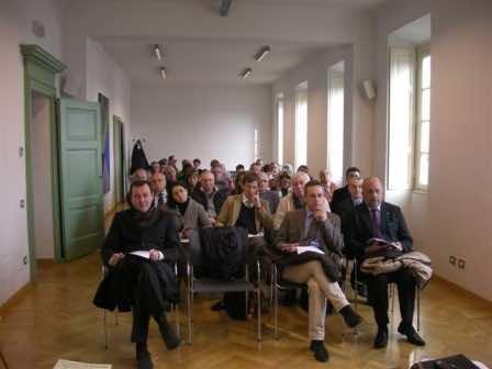 I soci riuniti in assemblea a palazzo Strada