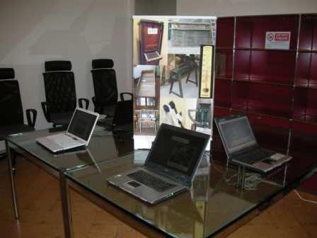 Le postazioni Internet con la presentazione del progetto