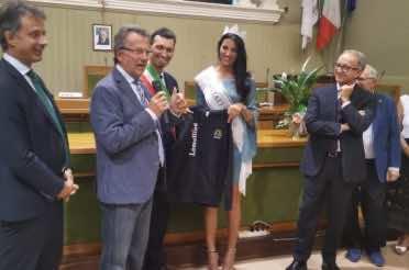 Miss Italia 2019 Carolina Stramore Madrina della felpa 2019